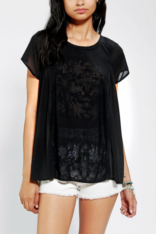 589363e87ff55 Silence + Noise - T-shirt drapé en tricot et mousseline   Urban ...