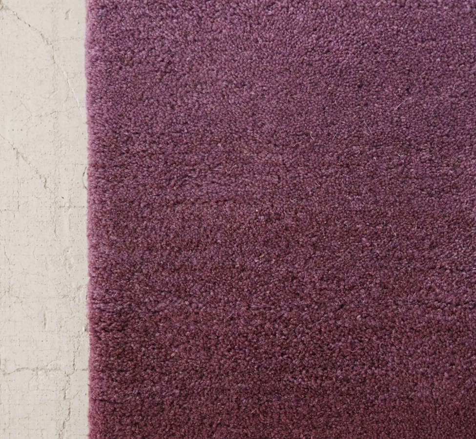 Slide View: 3: Fade Out Tufted Rug