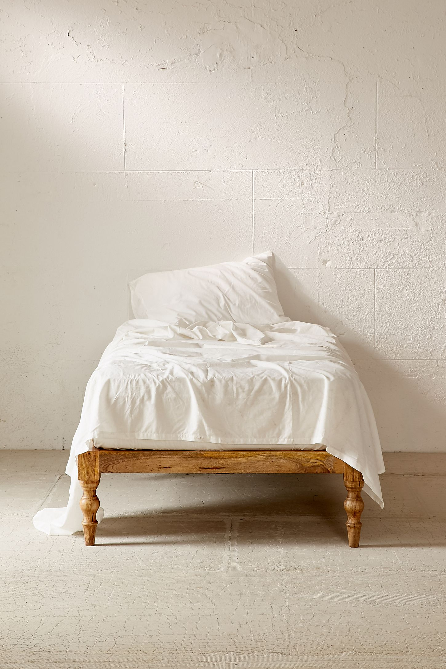 dreams give floor spot frame the restful bed your yourself can frames floating to you of cool diy made