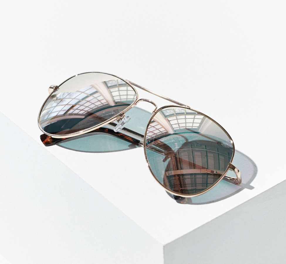 Slide View: 5: Classic Aviator Sunglasses