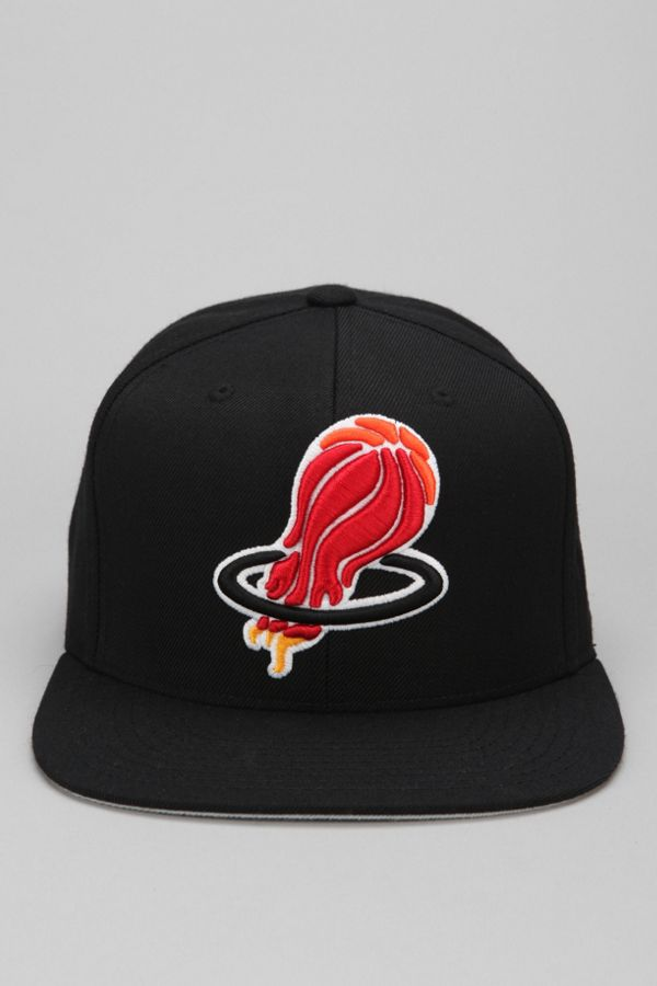 Hall Of Fame X Mitchell Ness Heat Upside Down Snapback Hat Urban