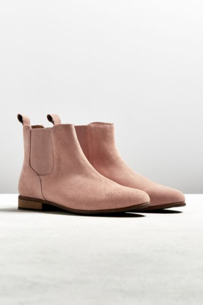 UO Suede Chelsea Boot - Pink 7 at Urban Outfitters