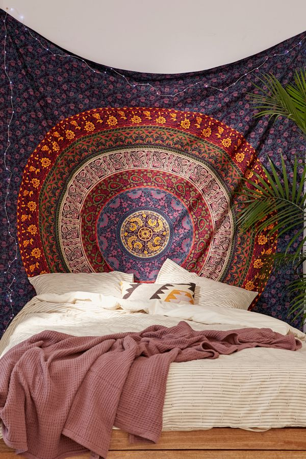 slide view 1 plum bow medallion tapestry - Bedroom Tapestry