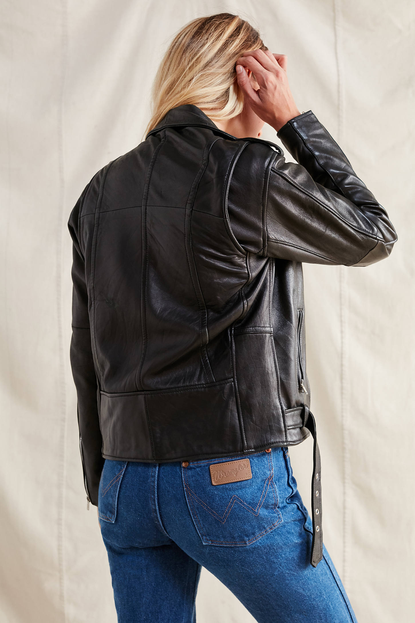 Leather jacket urban outfitters - Slide View 2 Pelechecoco Leather Moto Jacket