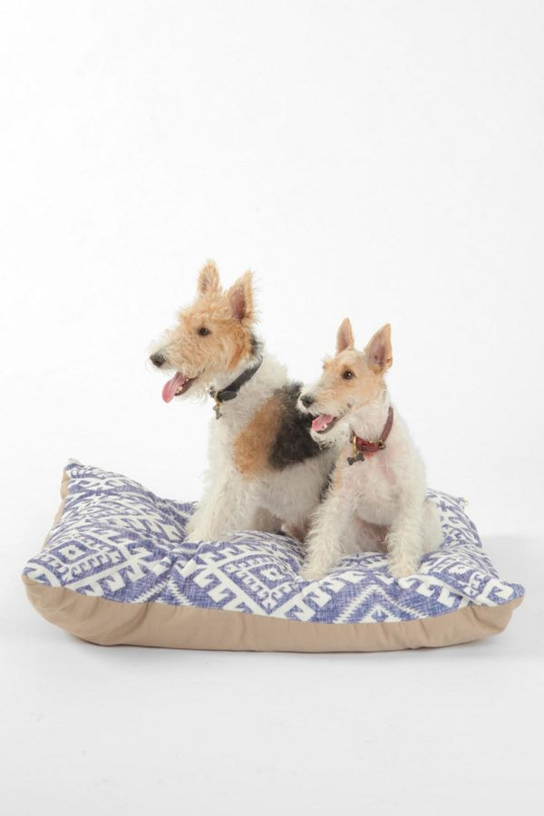 Slide View: 1: Holli Zollinger For Deny Shakami Denim Pet Bed
