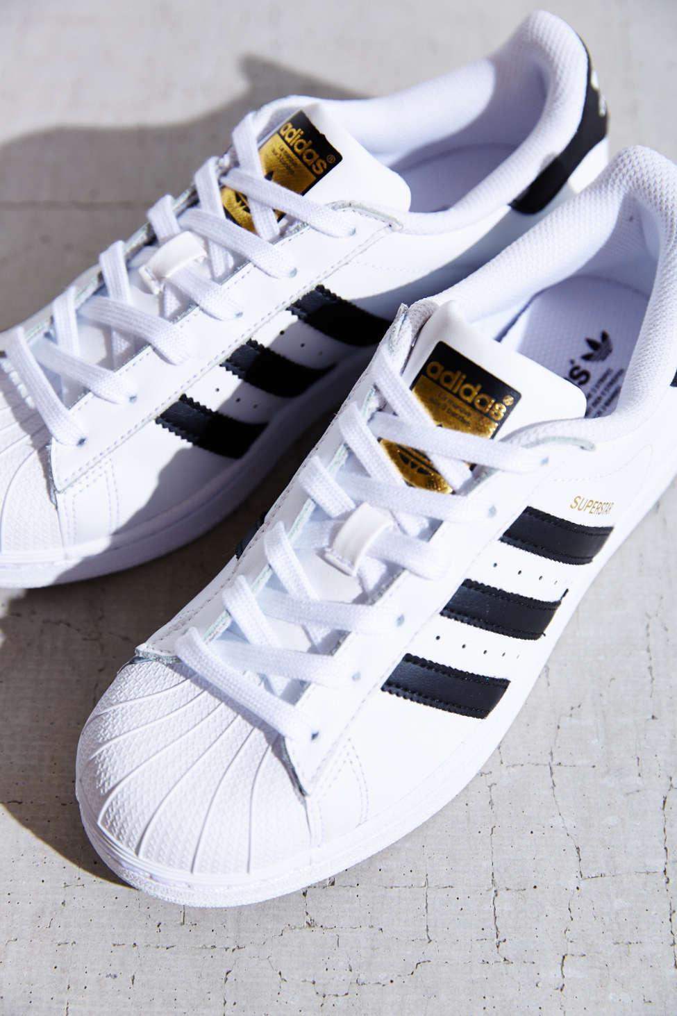 Baskets Adidas Originaux »superstar« mpT07