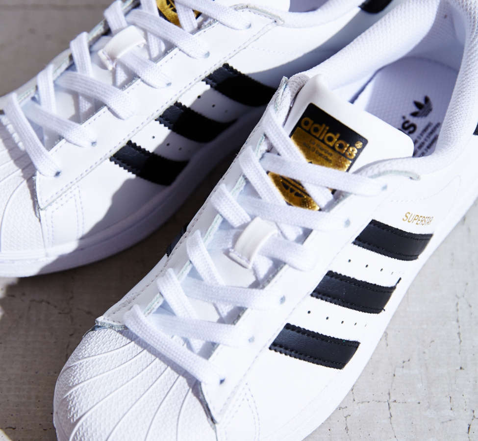 Slide View: 3: adidas Originals Superstar Sneaker
