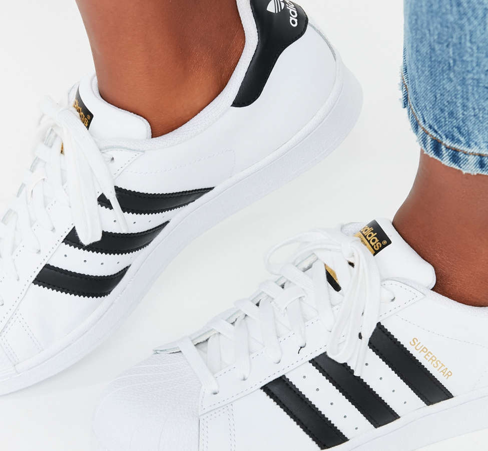 Slide View: 4: adidas Originals Superstar Sneaker