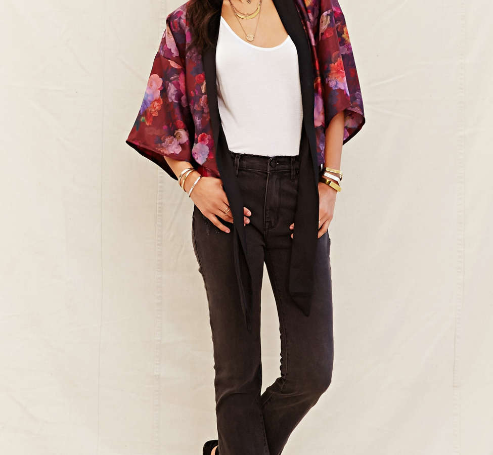 Slide View: 2: One & Only X Urban Renewal Tie-Front Kimono Top