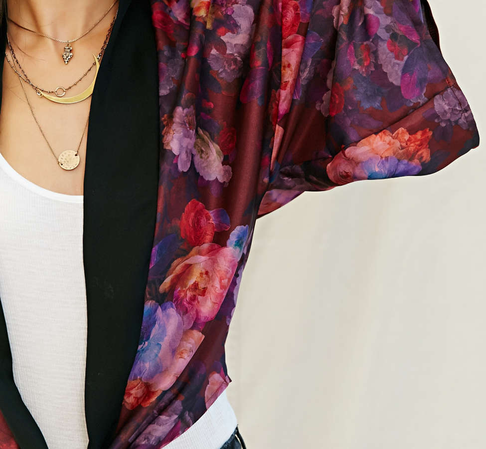 Slide View: 3: One & Only X Urban Renewal Tie-Front Kimono Top
