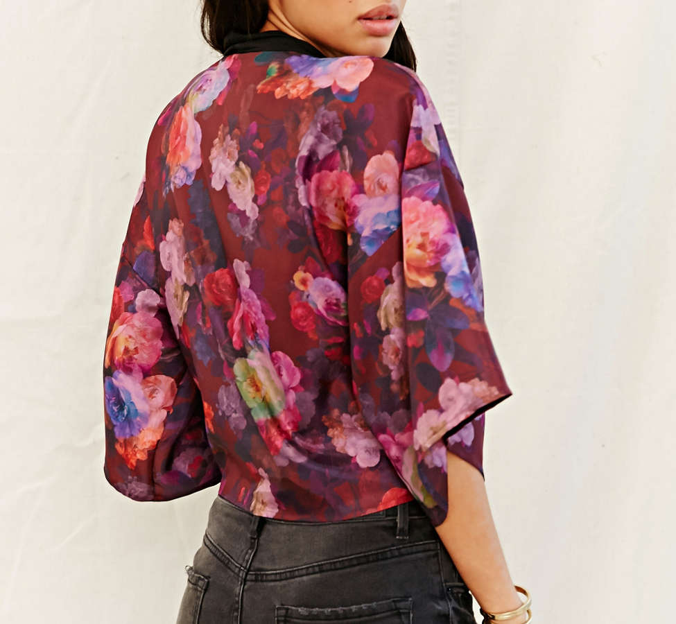 Slide View: 4: One & Only X Urban Renewal Tie-Front Kimono Top