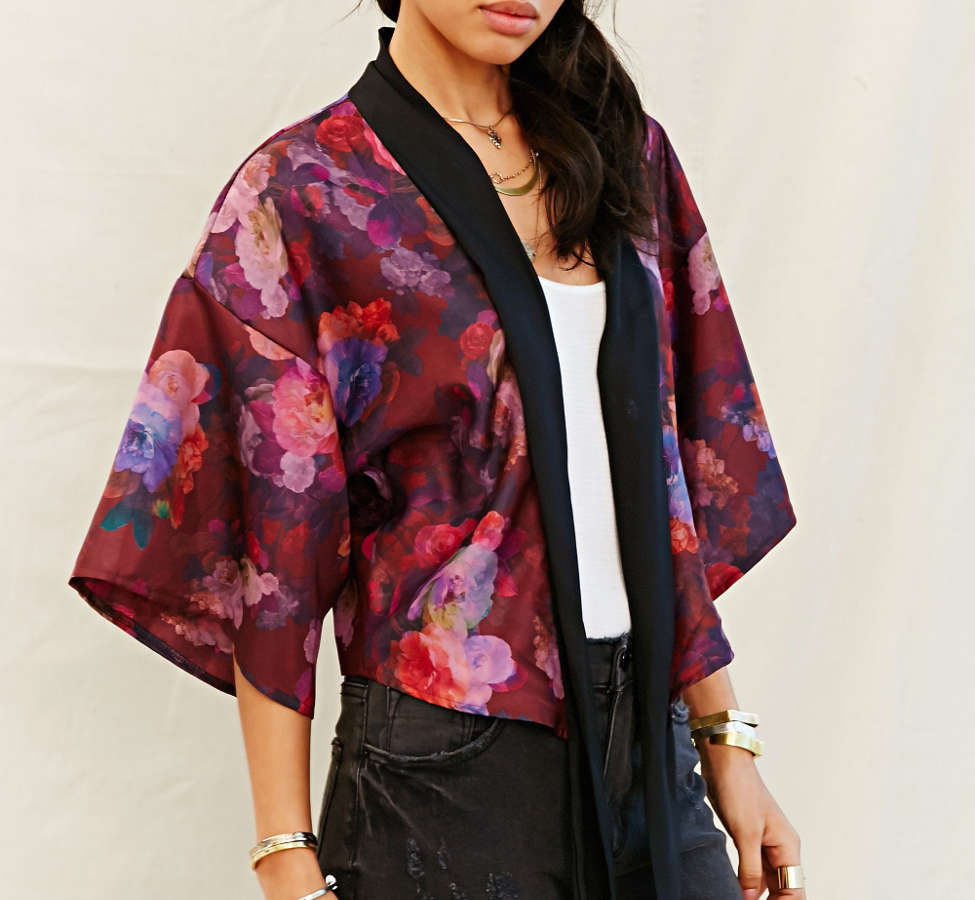 Slide View: 6: One & Only X Urban Renewal Tie-Front Kimono Top