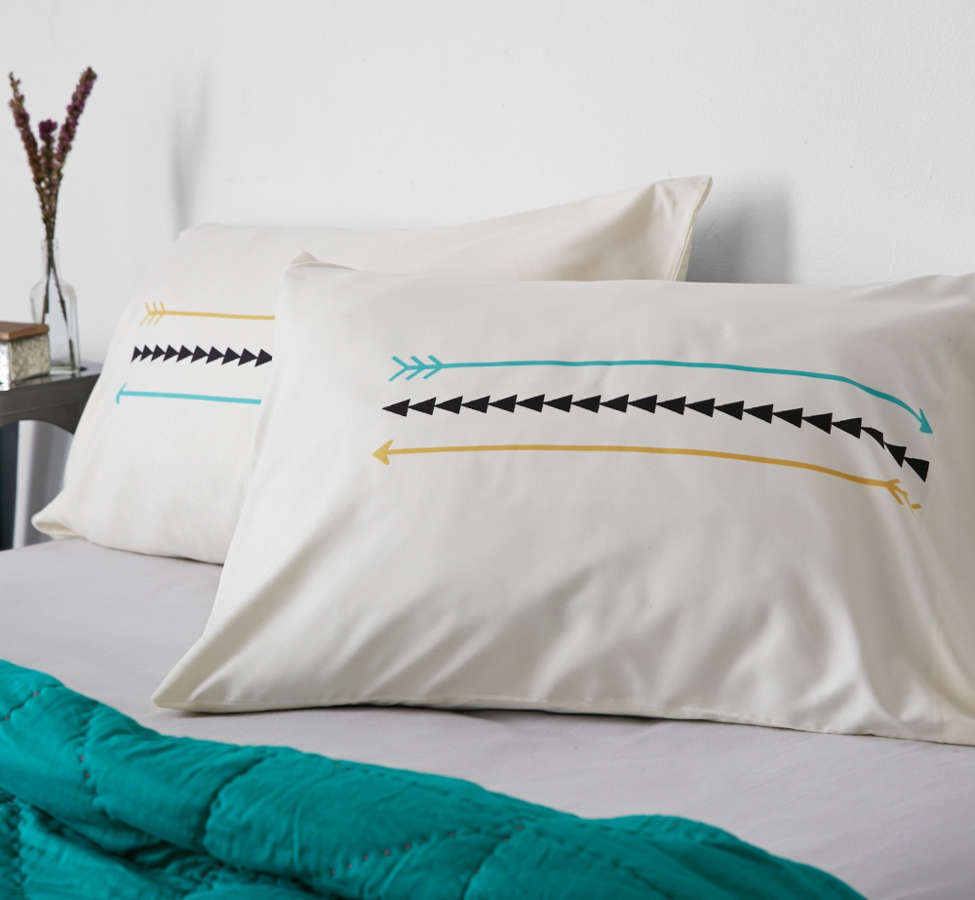 Slide View: 3: Allyson Johnson For Deny Minimal Arrows Pillowcase Set