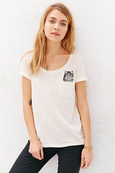 T shirt chat project social t urban outfitters canada for Lucky cat shirt urban outfitters