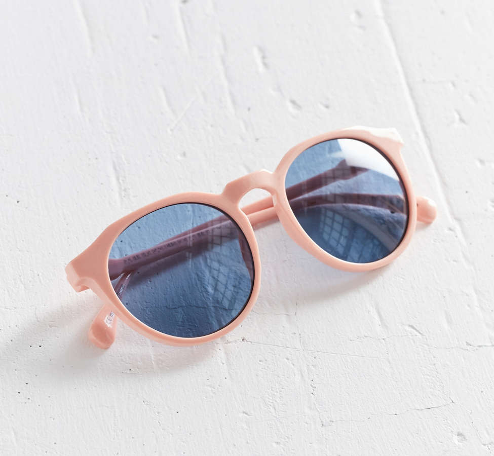 Slide View: 5: Every Day Round Sunglasses