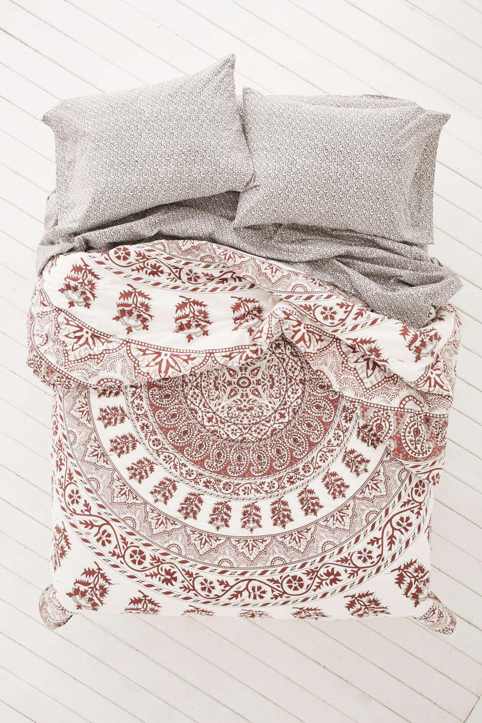 plum & bow kerala medallion comforter snooze set | urban outfitters