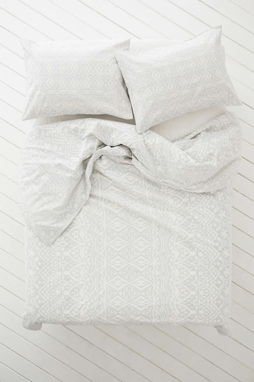 plum & bow agra stripe duvet cover | urban outfitters