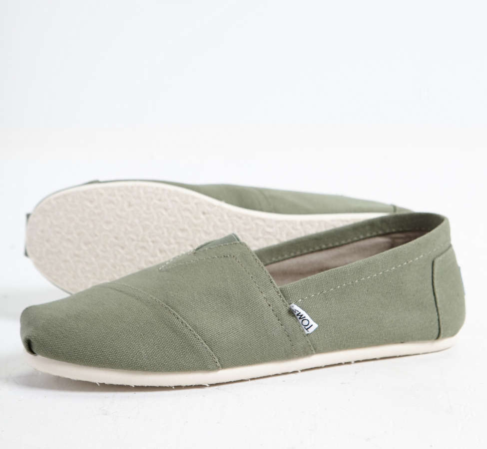 Slide View: 4: TOMS Men's Classic Canvas Slip-On Sneaker
