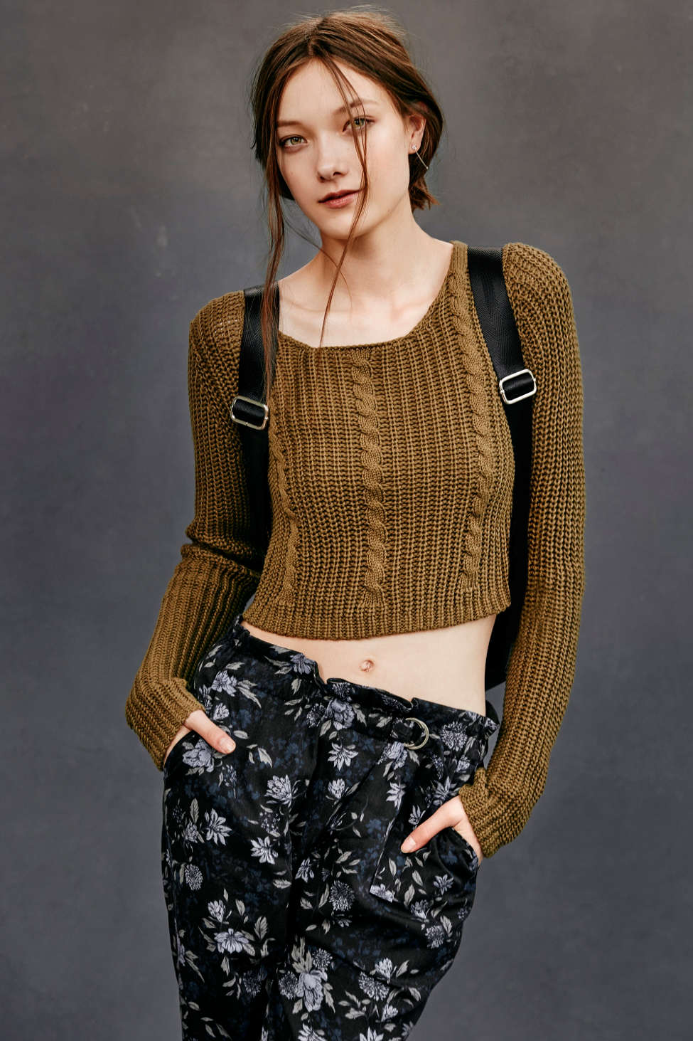 Unif X Uo Cropped Cable Knit Sweater Urban Outfitters