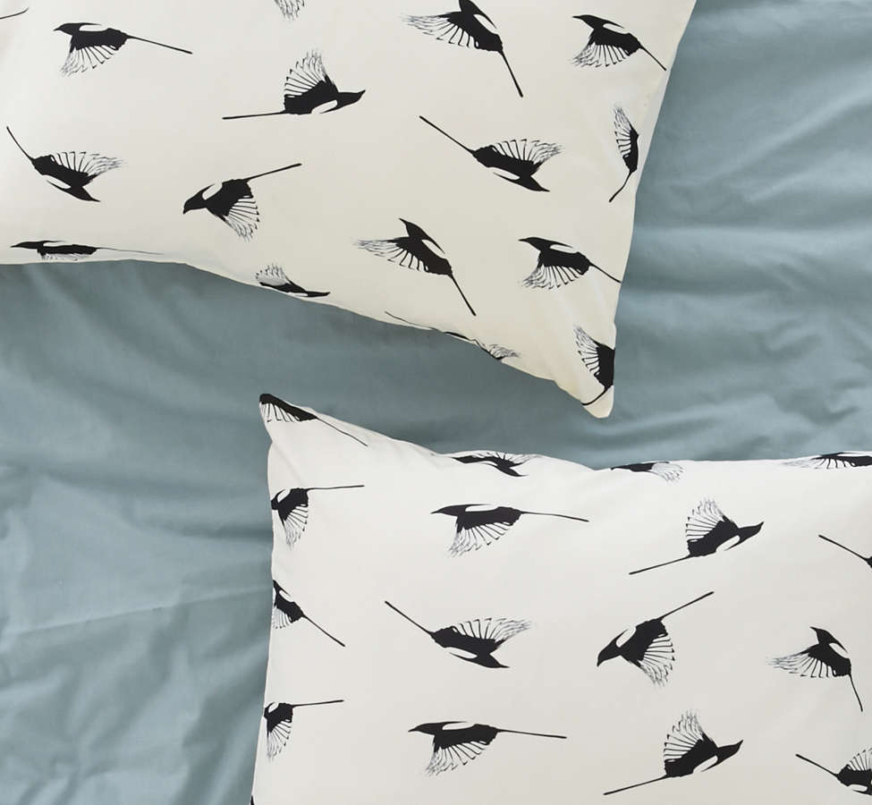 Slide View: 1: Elisabeth Fredriksson For Deny Magpies Pillowcase Set