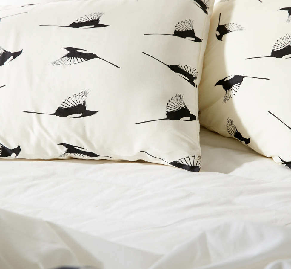 Slide View: 3: Elisabeth Fredriksson For Deny Magpies Pillowcase Set