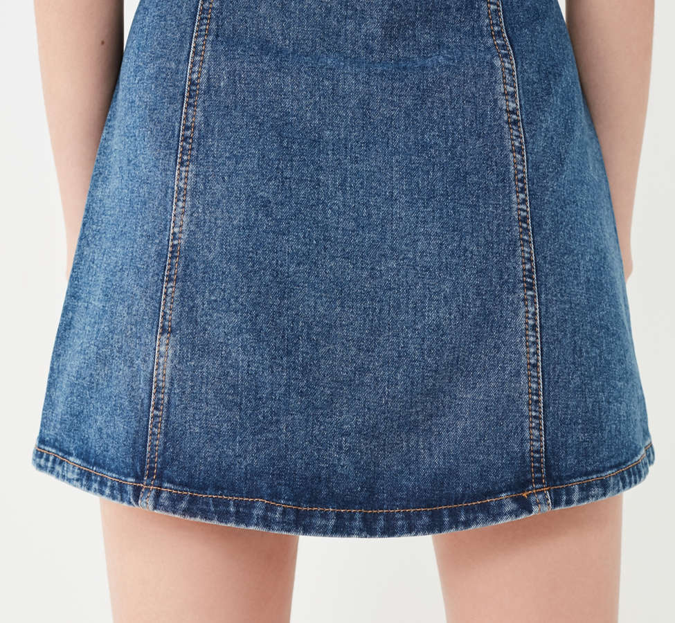Slide View: 3: BDG Denim Button-Front Skirt