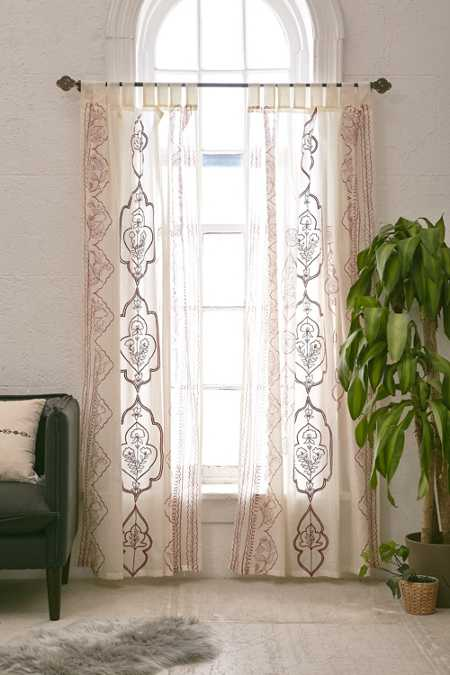 Jazmin Embroidered Curtain