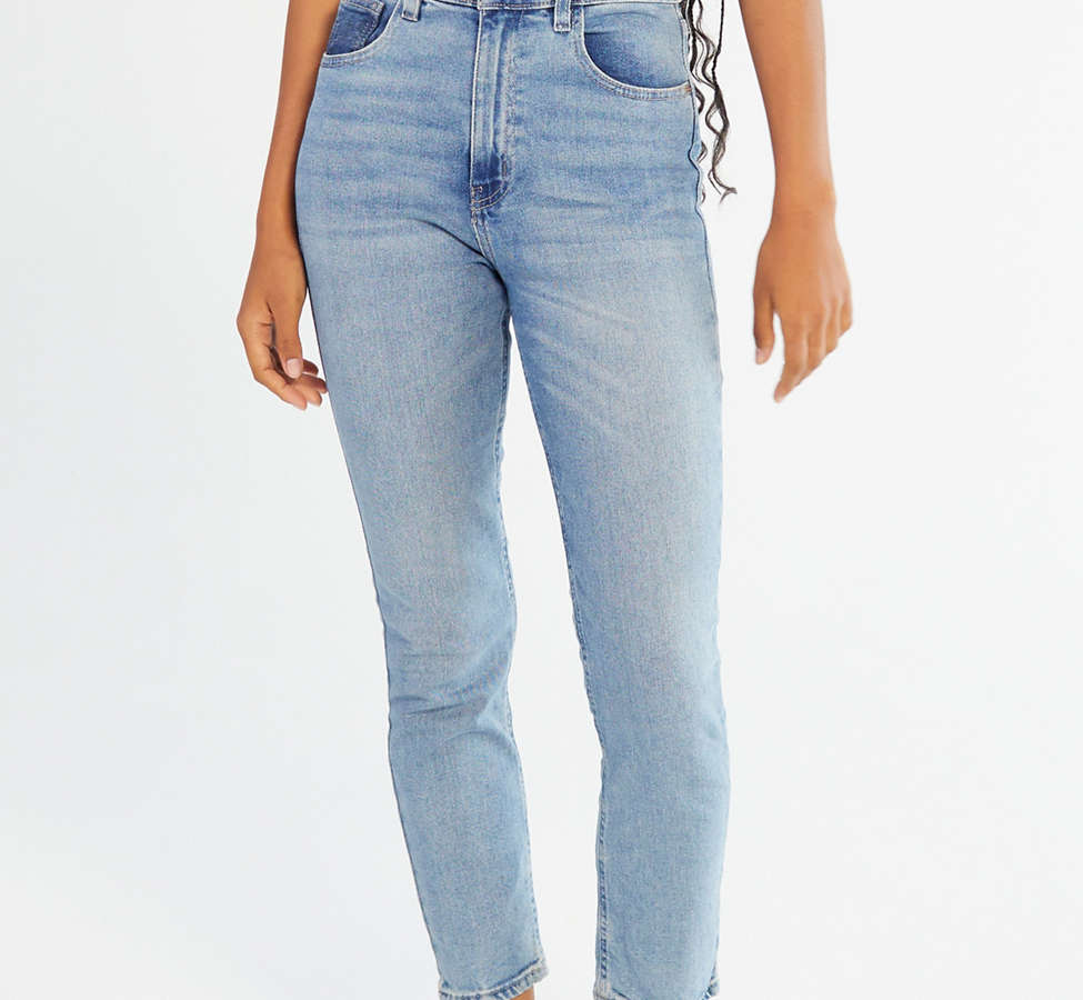 Slide View: 2: BDG Girlfriend High-Rise Jean - Light Wash