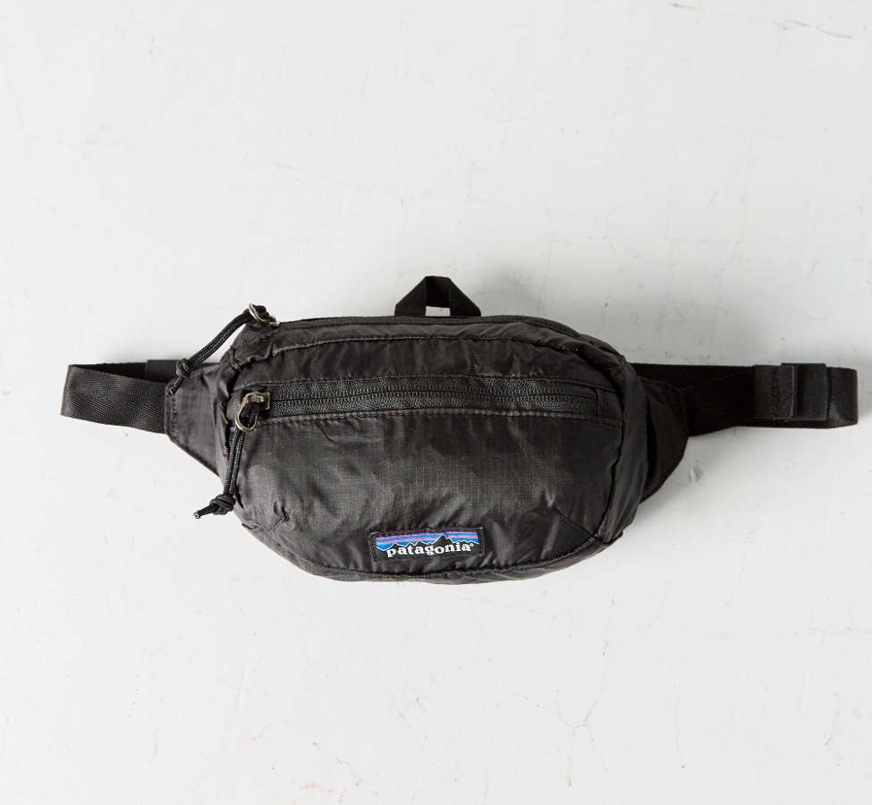 Slide View: 3: Patagonia Lightweight Travel Mini Belt Bag