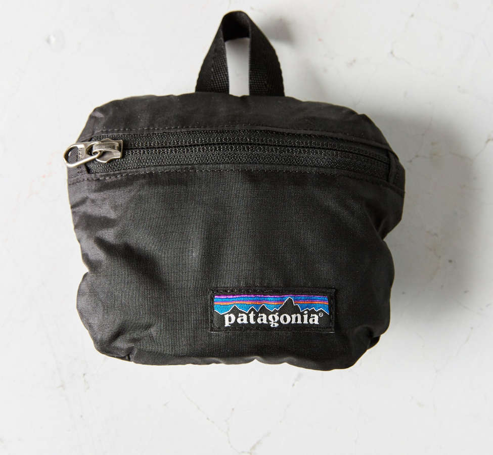 Slide View: 4: Patagonia Lightweight Travel Mini Belt Bag