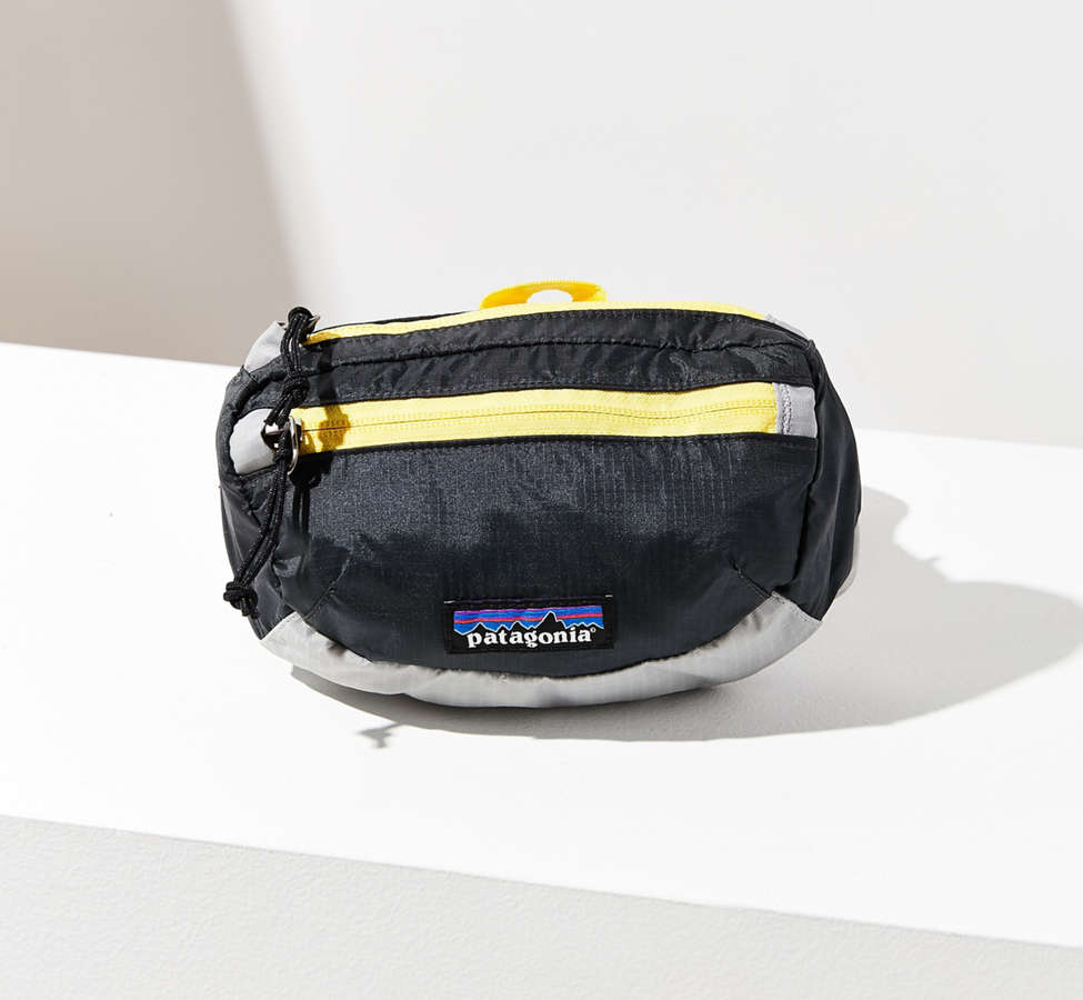 Slide View: 1: Patagonia Lightweight Travel Mini Belt Bag