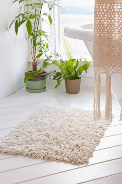 High Pile Shag Bath Mat - White One Size at Urban Outfitters