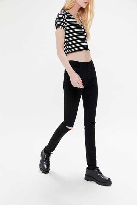 Slide View: 5: BDG Twig Ripped High-Rise Skinny Jean - Black