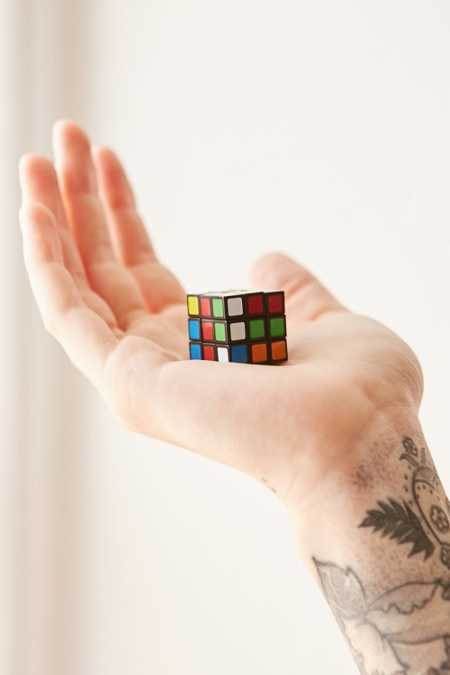 World's Smallest Rubix Cube