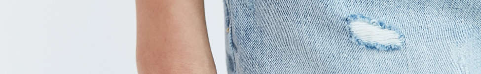 Thumbnail View 3: Levi's 501 Frayed Denim Short - Waveline