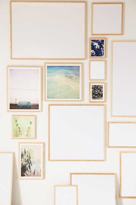 Slide View: 1: Natural Wood Art Print Frame