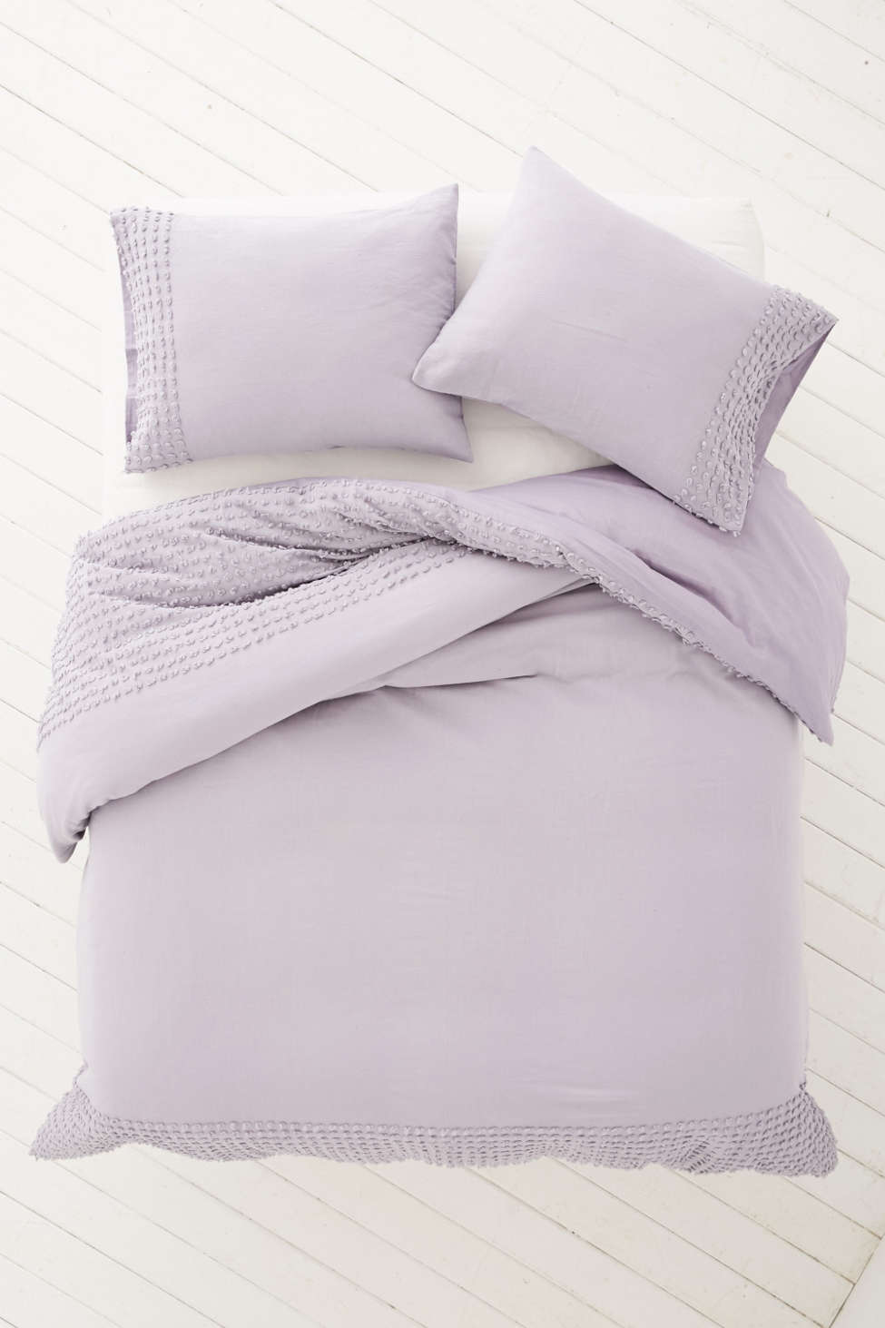 plum & bow tufted dot duvet cover | urban outfitters