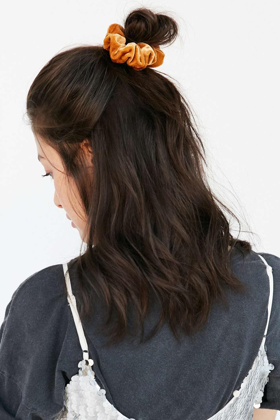 velvet hair scrunchie set outfitters