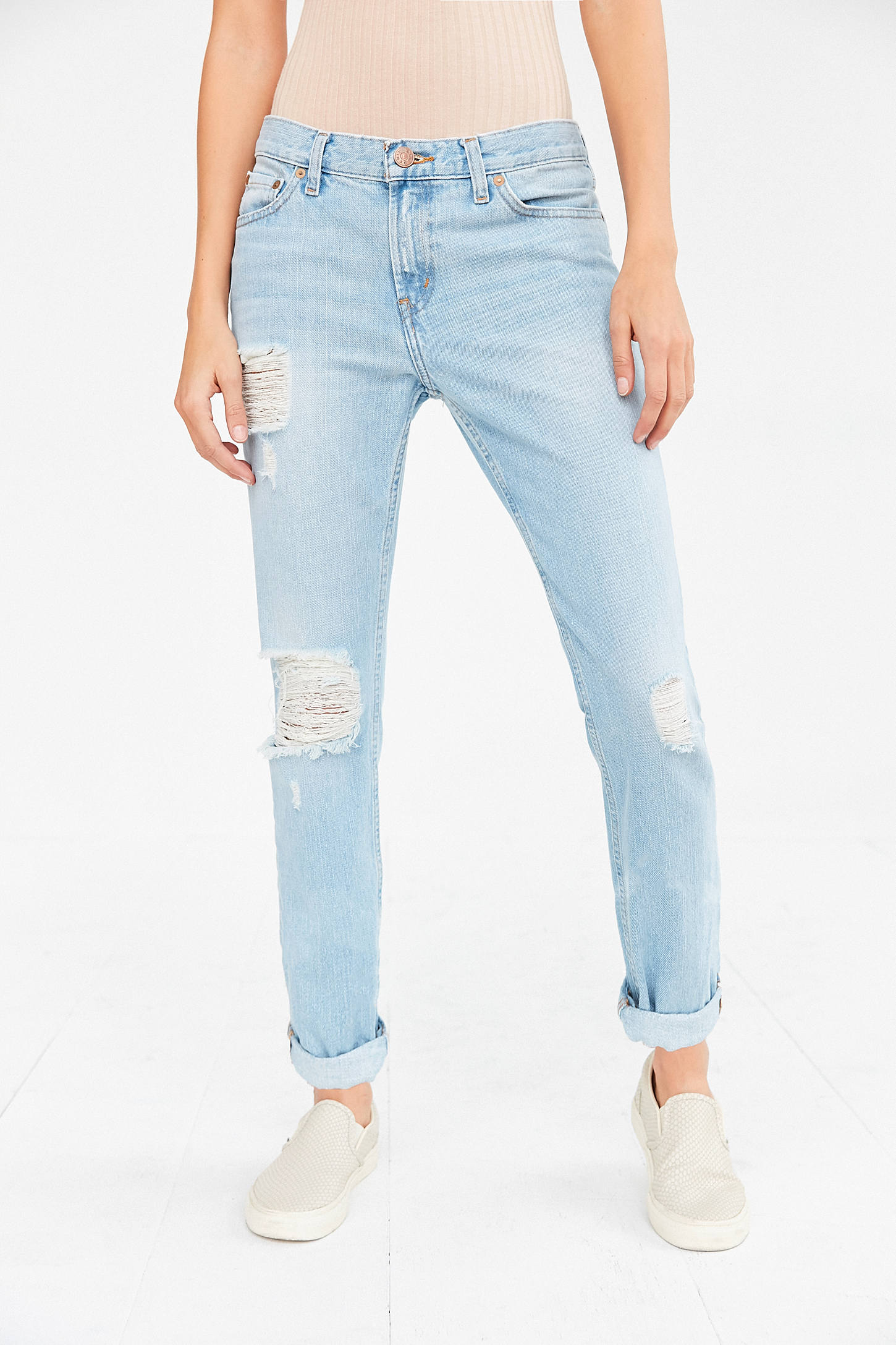 BDG Slim Boyfriend Jean - Light Denim Slash | Urban Outfitters