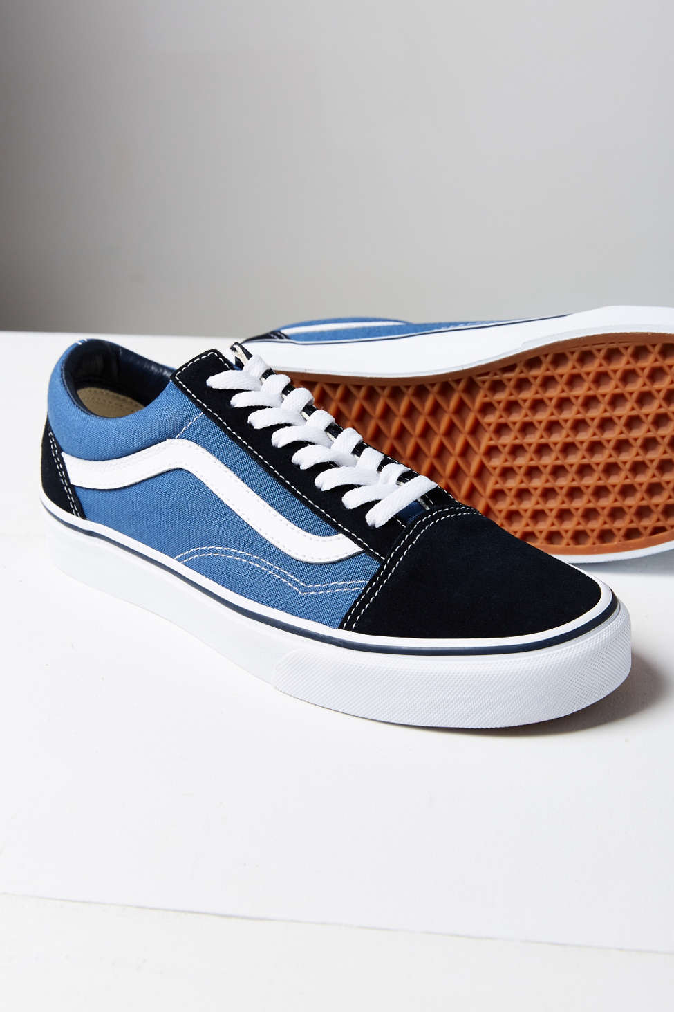 Classic Old Skool Sneakers Vans