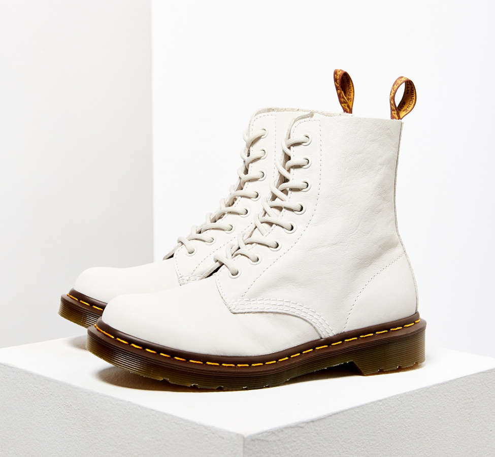 Slide View: 1: Dr. Martens Pascal Virginia 8-Eye Boot