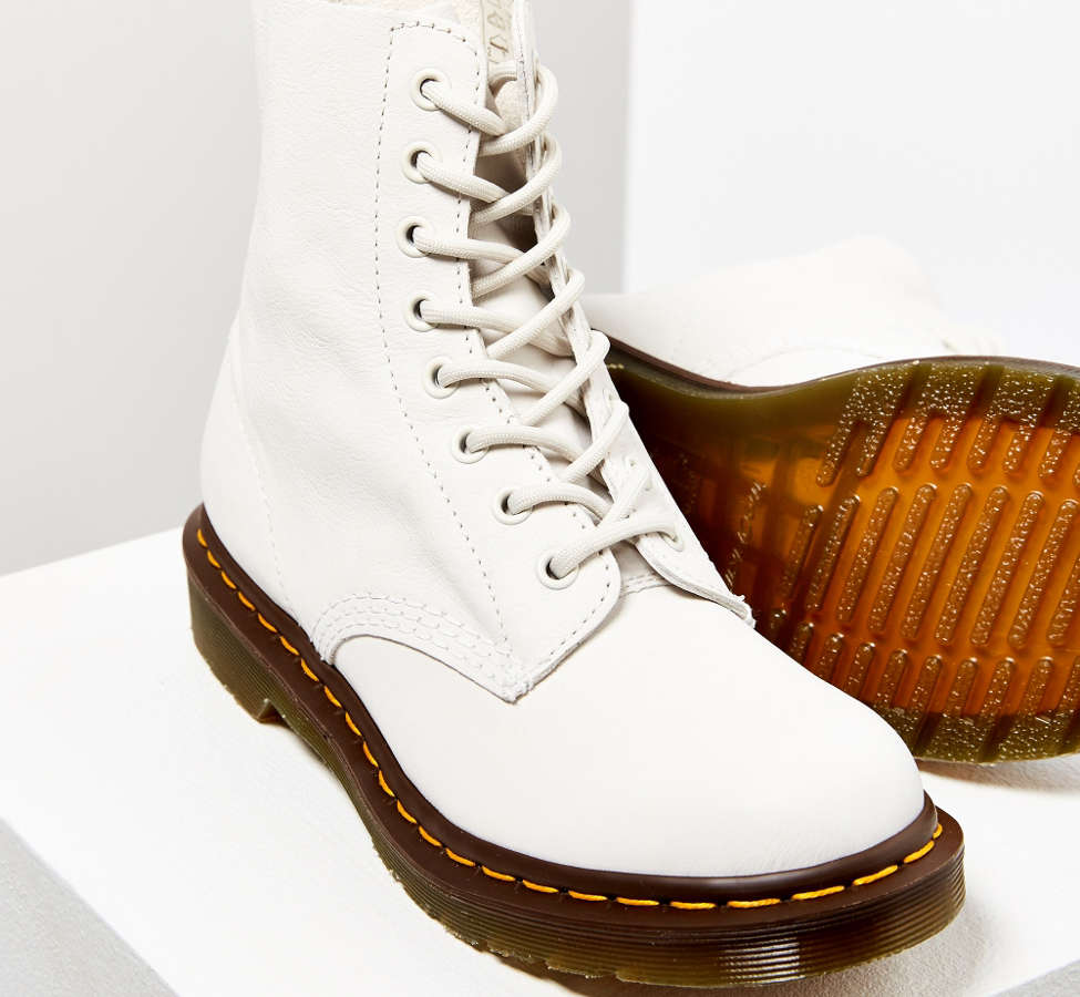 Slide View: 2: Dr. Martens Pascal Virginia 8-Eye Boot