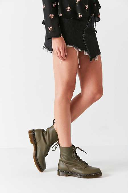 Dr. Martens Pascal Virginia 8-Eye Boot