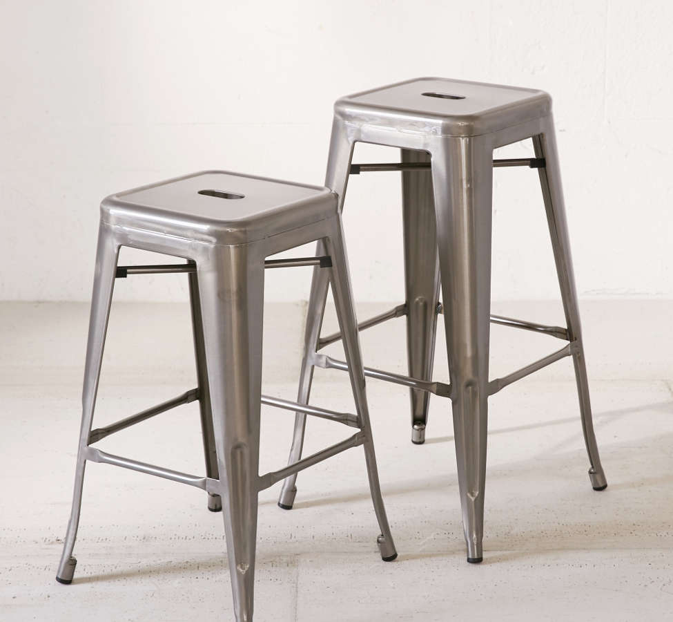 Slide View: 4: Marius Counter Stool Set