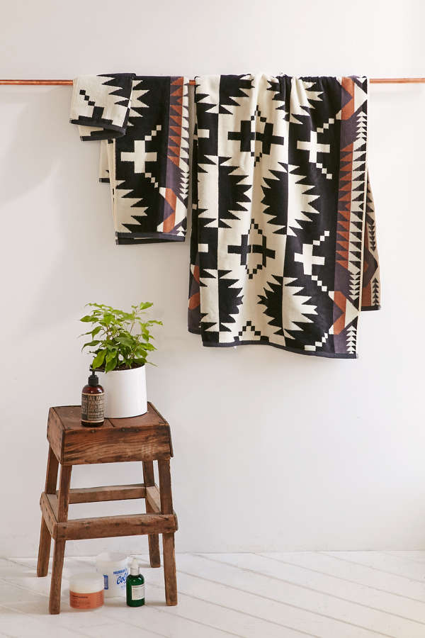 Pendleton Spider Rock Bath Towel Urban Outfitters