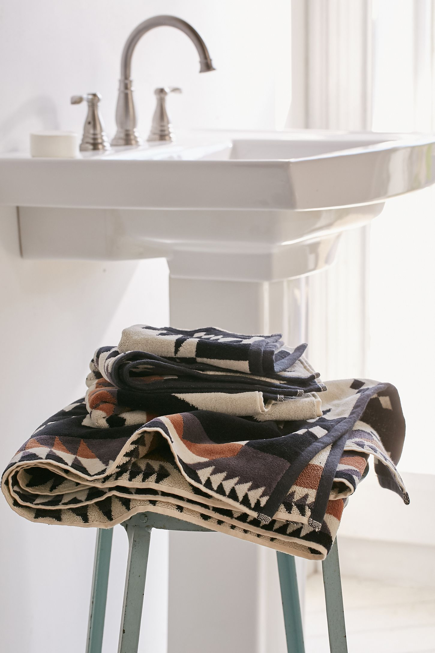 Pendleton Spider Rock Bath Towel Urban Outers