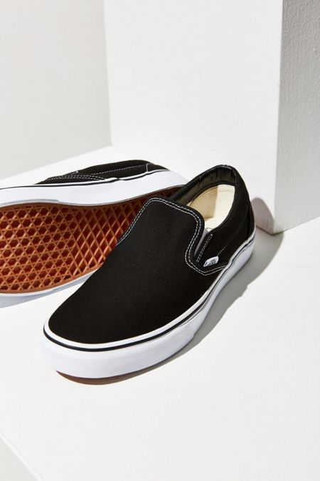 vans checkerboard slip on black friday