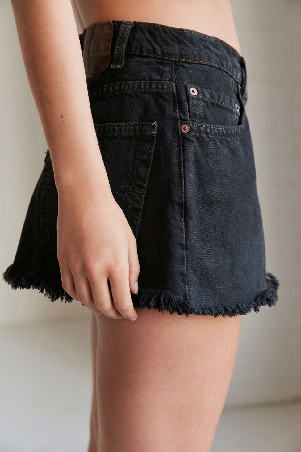 Urban Renewal Remade Low Rise Dark Denim Mini Skirt | Urban Outfitters