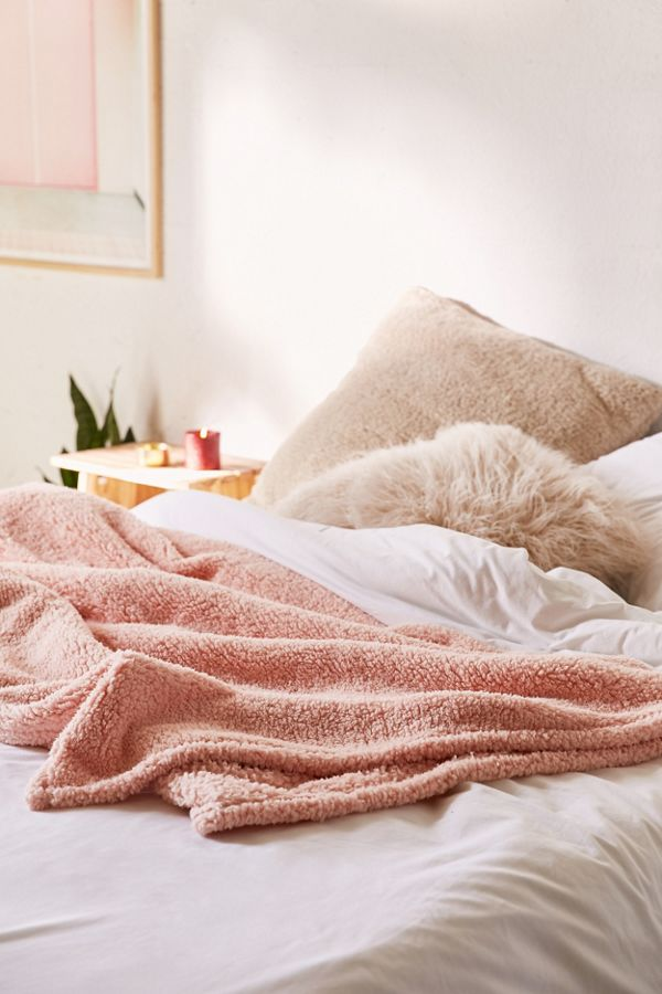 Amped Fleece Throw Blanket Urban Outfitters