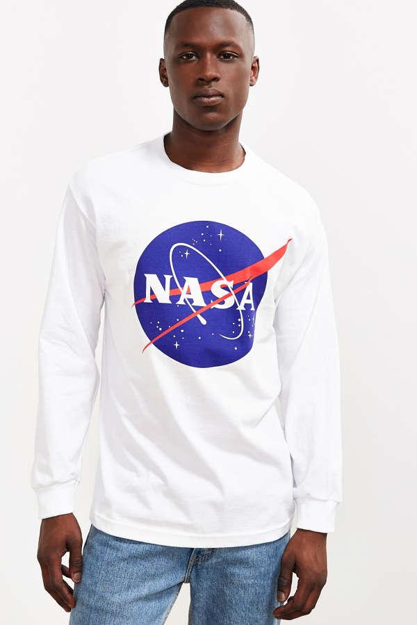 NASA Logo Long Sleeve Tee | Urban Outfitters